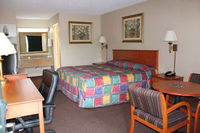 king size beds with desk and tables university inn small slide